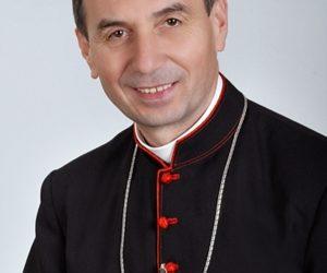 Udvardy György püspököt veszprémi érsekké nevezte ki Ferenc pápa