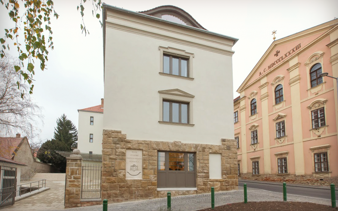 Érseki Utasítás a Pécsi Püspöki Hittudományi Főiskola számára