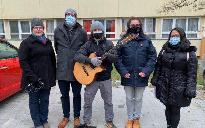Adventi koncert a Szent Lőrinc Gondozóotthon lakóinak